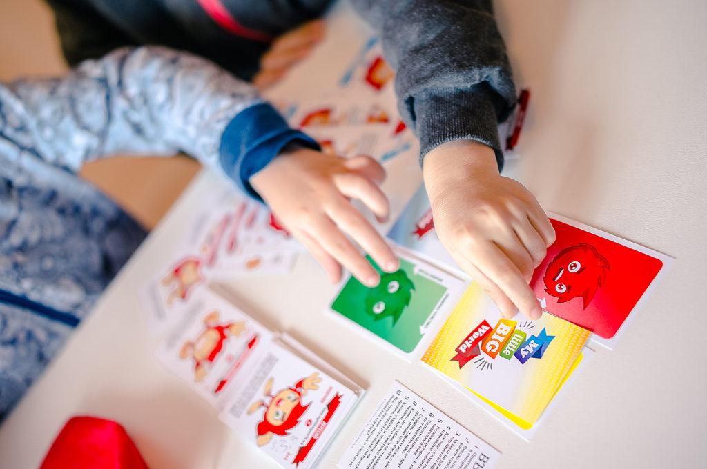 детски карти за игра, за развитие на ЕИ